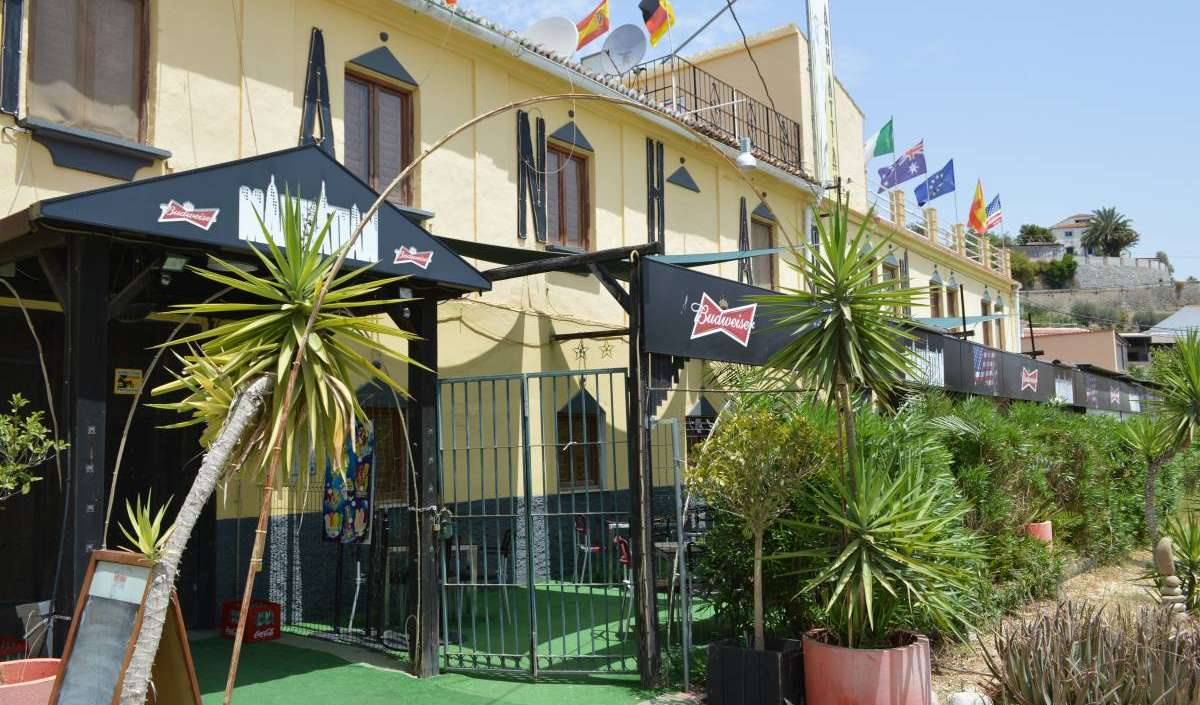 Hotels and hostels in Alora